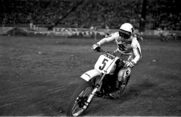 Mark Barnett - Suzuki Motocross - barnett-029