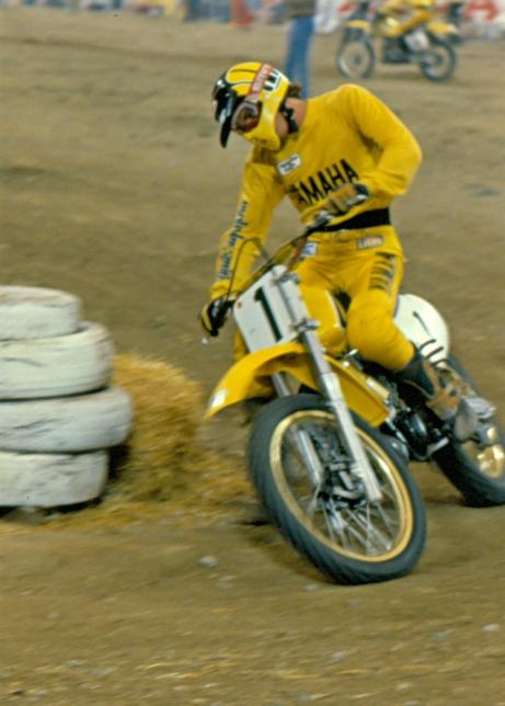 Mike Bell - Yamaha Motocross - bell-005
