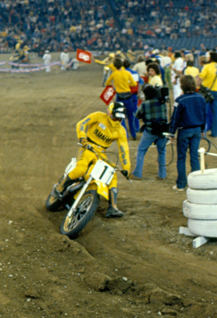 Mike Bell - Yamaha Motocross - bell-006