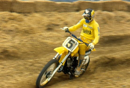 Mike Bell - Yamaha Motocross - bell-007