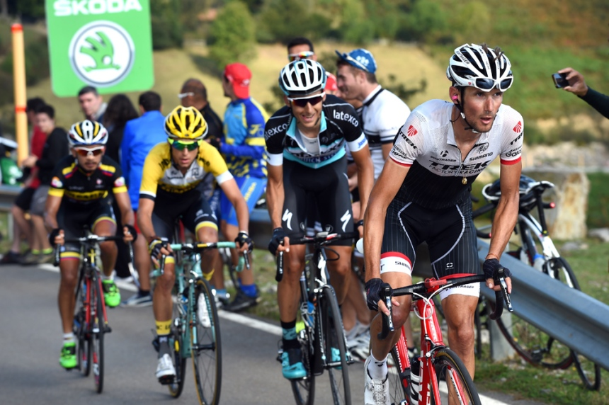 Frank Schleck escapes on stage sixteen of the 2015 Tour of Spain